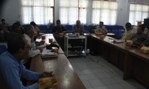 Rapat persiapan gelar budaya Imlek di kantor Bappeda Kota Cirebon, Jl.Cipto Mangunkusumo.